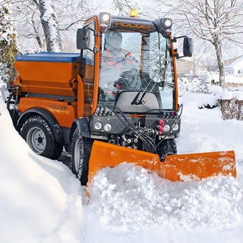 V-образный снегоуборочный отвал