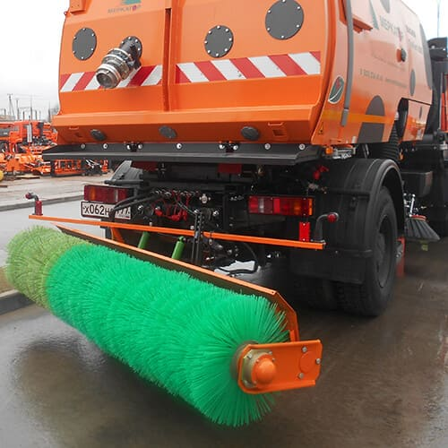 Щетка задняя для очистки улиц