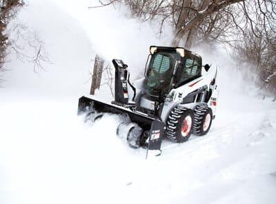 Погрузчики Bobcat для уборки от снега